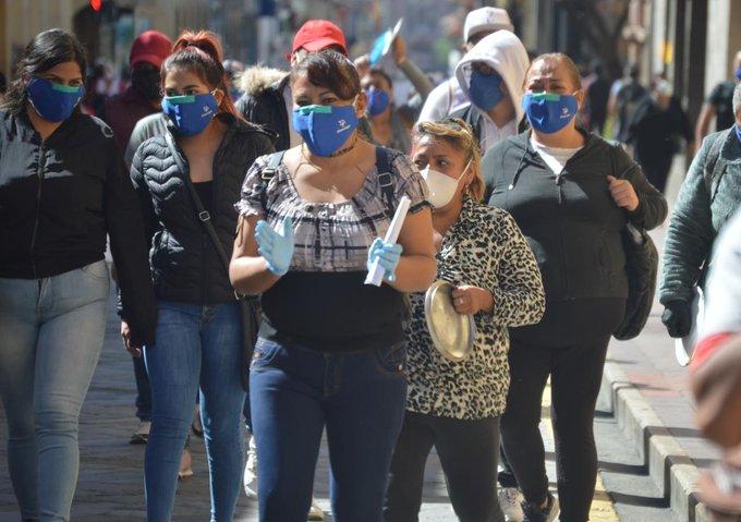CAMBIO DE SEMÁFORO AMARILLO, SÓLO CON COOPERACIÓN DE LOS CIUDADANOS