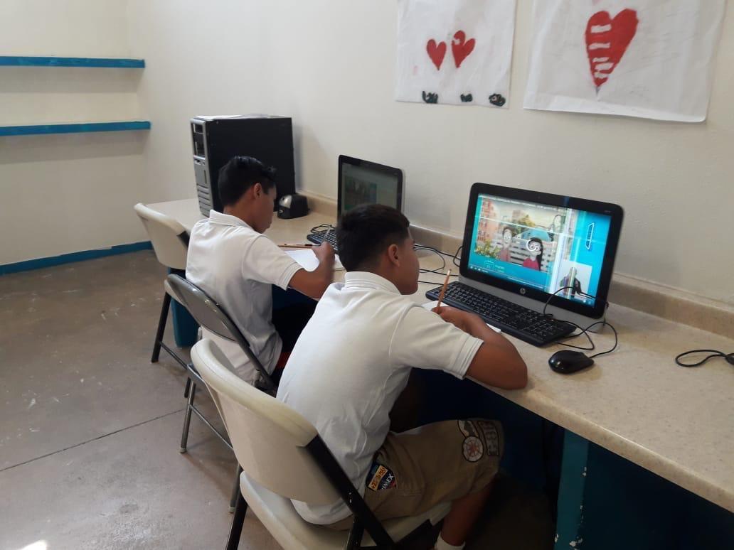 ESTEBAN MOCTEZUMA CALIFICA DE EXITOSO EL REGRESO A CLASES