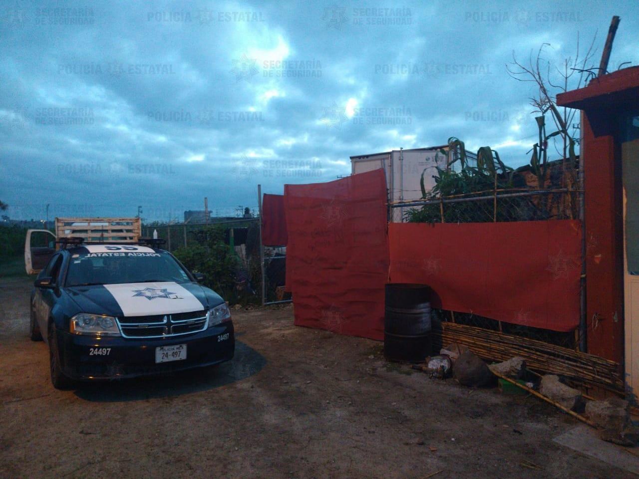 RESGUARDAN EN TEOLOYUCAN UN PREDIO DONDE ENCONTRARON UNA CAMIONETA CON REPORTE DE ROBO