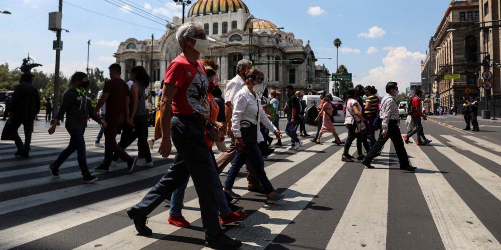 MÉXICO ACUMULA MÁS DE 880 MIL CASOS POSITIVOS DE COVID-19