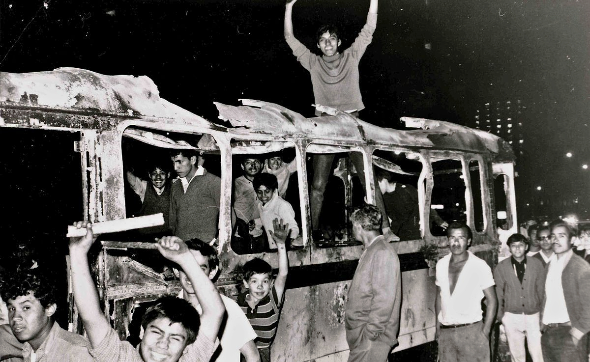 2 DE OCTUBRE DE 1968, MOVIMIENTO ESTUDIANTIL QUE TERMINÓ MARCANDO A MÉXICO.