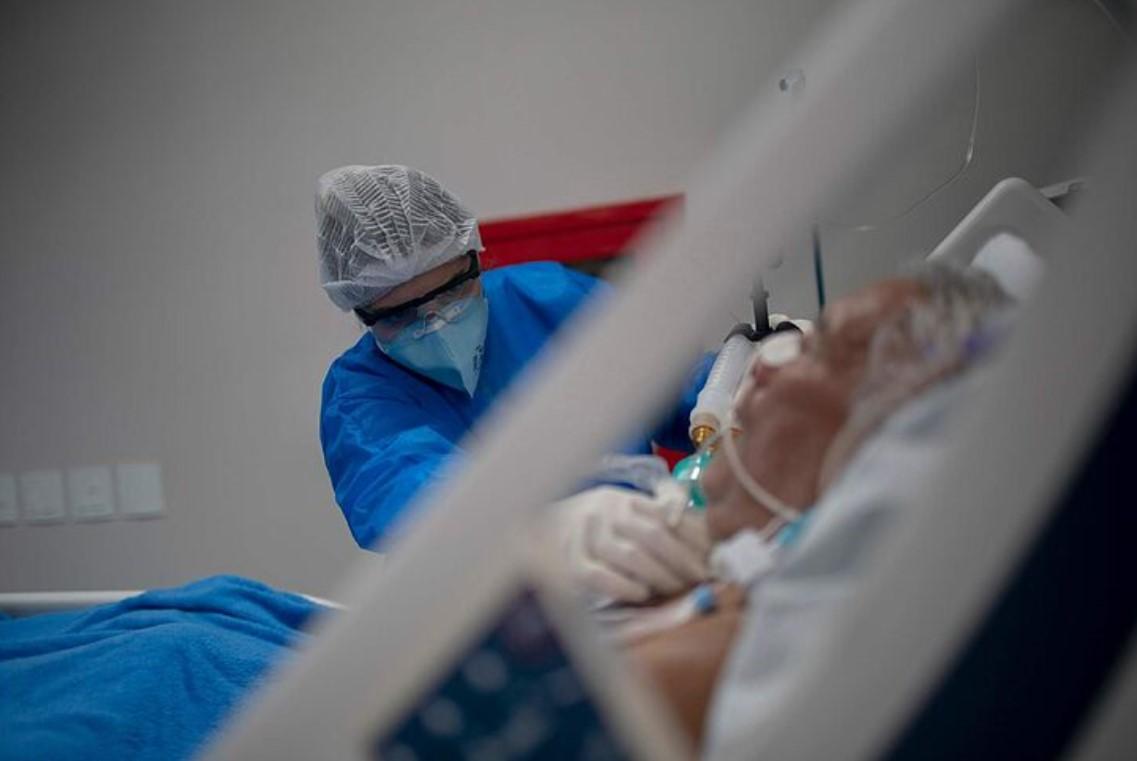 CONTINÚAN DISMINUYENDO LAS HOSPITALIZACIONES POR COVID-19 EN EDOMÉX