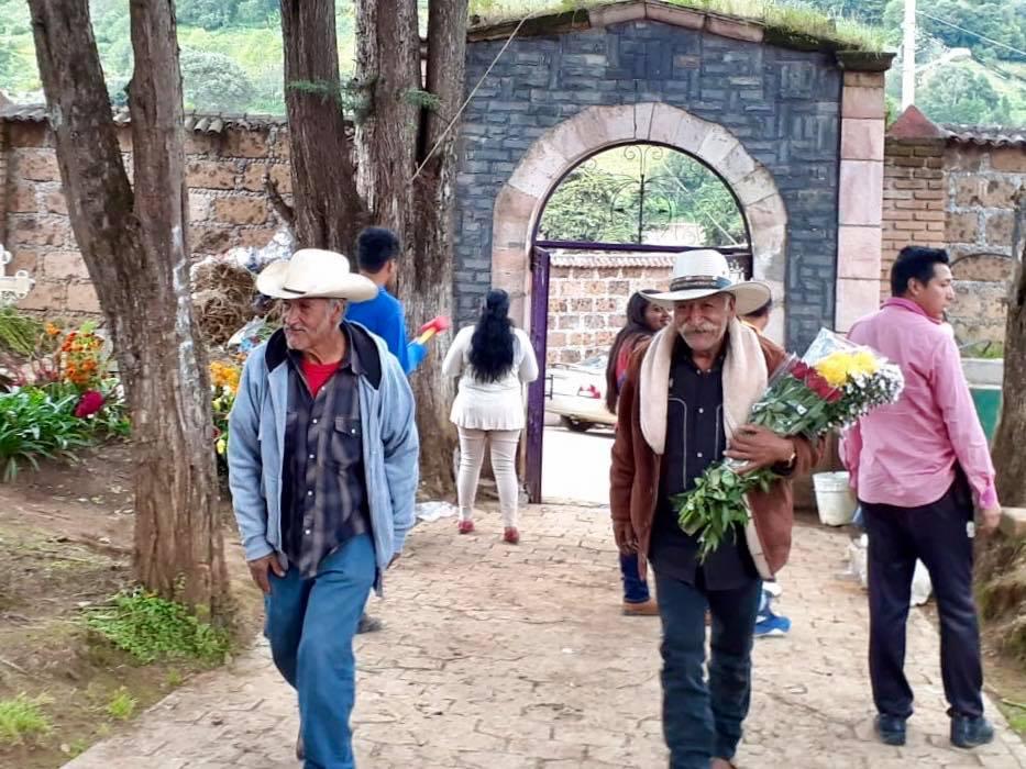ESTE DÍA DE MUERTOS RECOMIENDAN CIERRE DE PANTEONES EN EL EDOMÉX