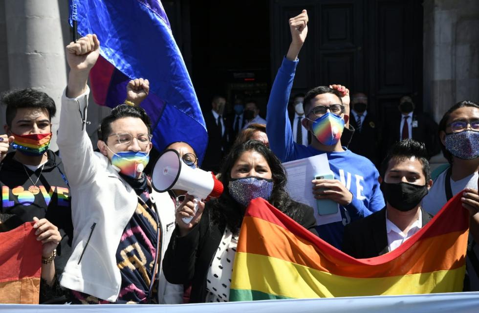 CONGRESO MEXIQUENSE APRUEBA PROHIBICIÓN DE TERAPIAS DE CONVERSIÓN SEXUAL