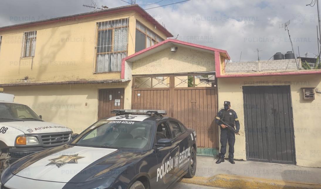 RESGUARDAN PREDIO DONDE SE ENCONTRABA UN VEHÍCULO CON REPORTE DE ROBO