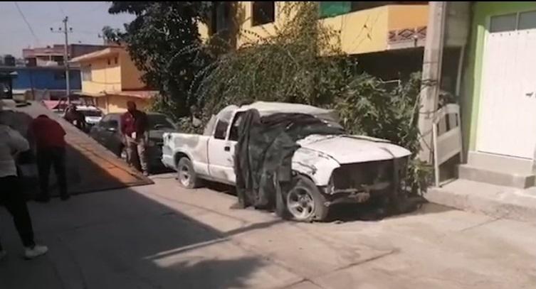 RETIRAN MÁS DE 400 VEHÍCULOS ABANDONADOS EN ECATEPEC