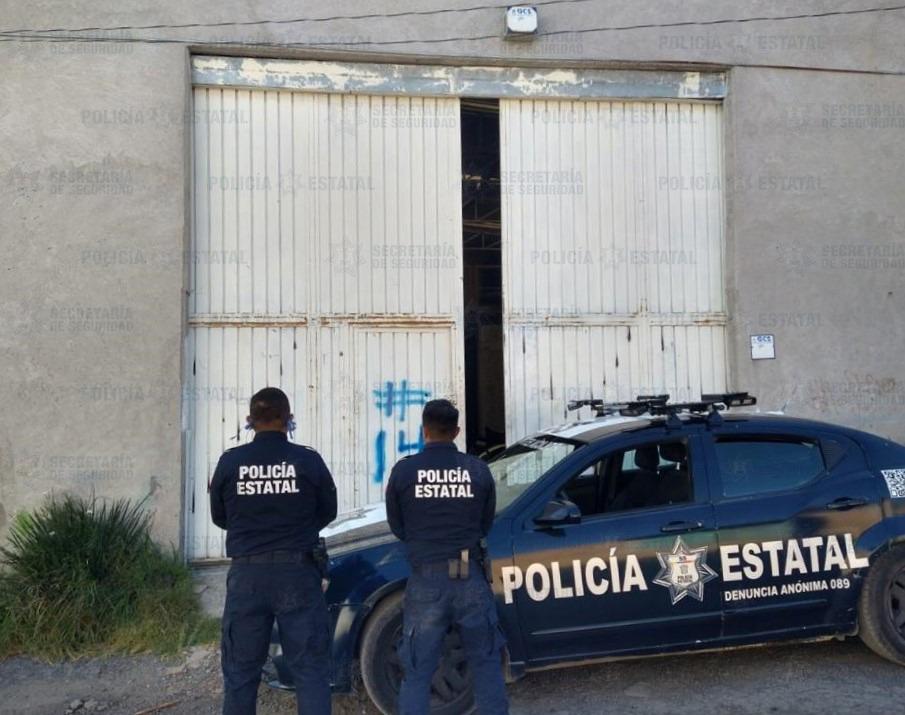 ELEMENTOS DE LA SS LOCALIZAN 2 VEHÍCULOS CON REPORTE DE ROBO Y ASEGURAN PREDIO