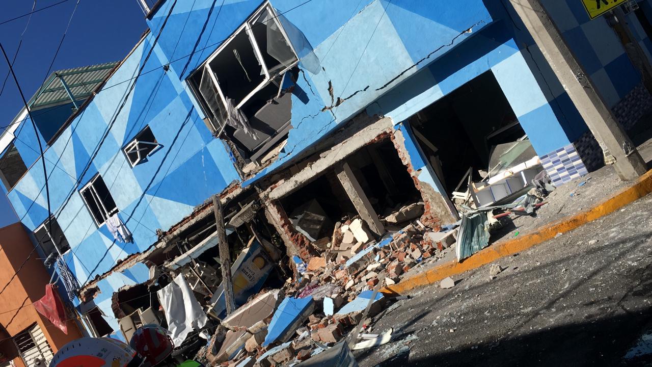 AL MENOS TRES HERIDOS TRAS EXPLOSIÓN EN RESTAURANTE DE CDMX
