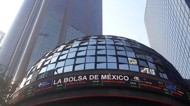 BOLSA MEXICANA DE VALORES CIERRA EN SU SEGUNDO MEJOR NIVEL