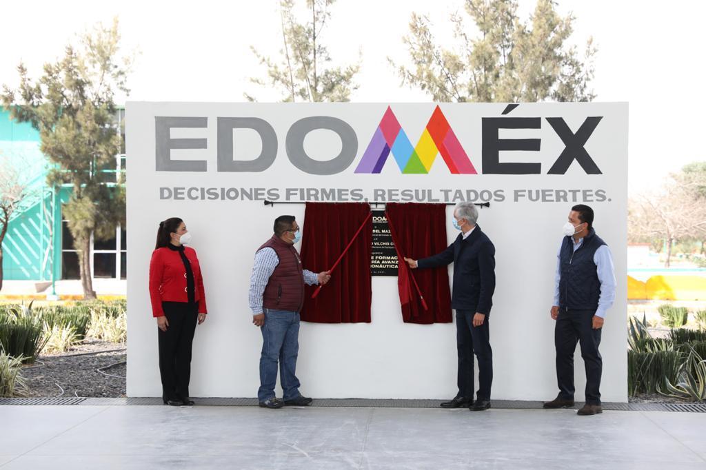 ALFREDO DEL MAZO ENTREGA CENTRO DE FORMACIÓN DE INGENIERÍA AVANZADA EN AERONÁUTICA DEL T.E.S. DE ECATEPEC