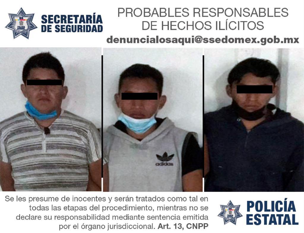 DETIENEN A TRES SUJETOS PROBABLES RESPONSABLES DE ASALTAR CON LUJO DE VIOLENCIA A UN REPARTIDOR