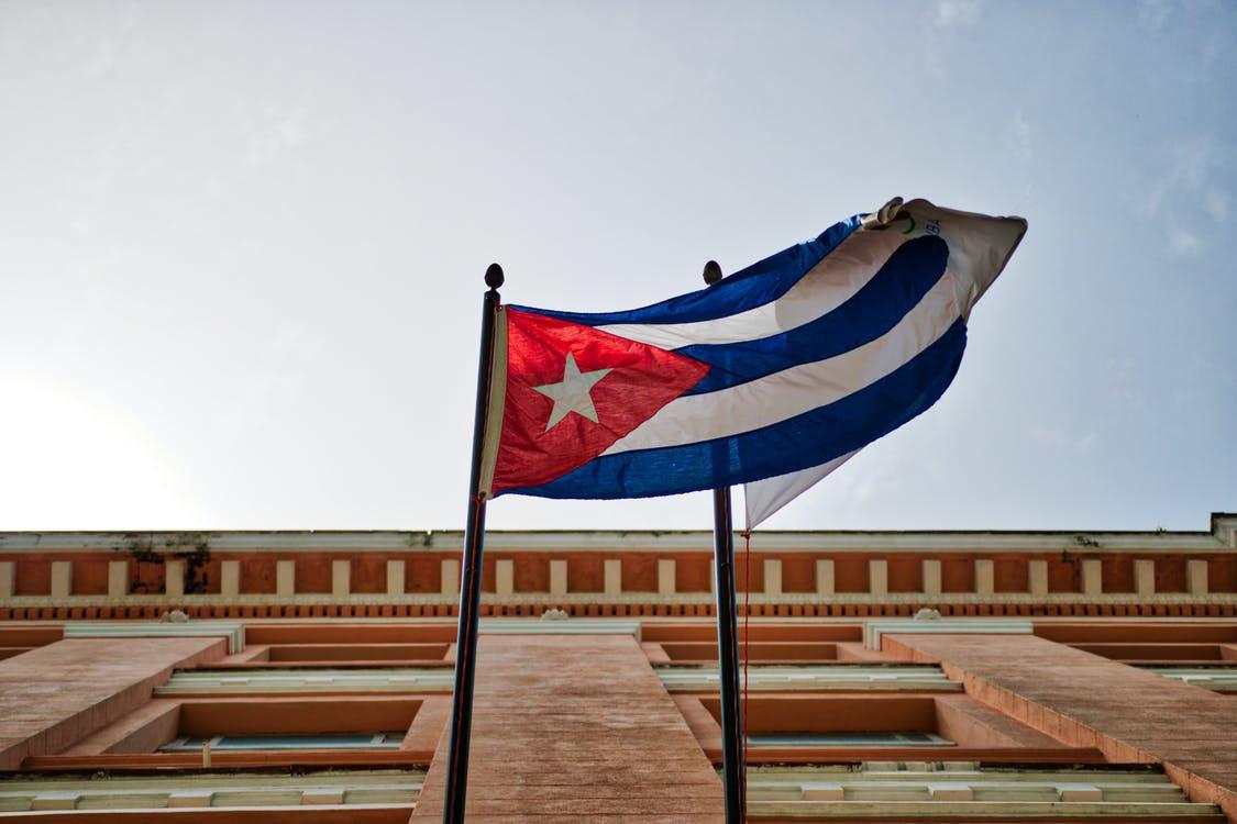 CUBA REDUCIRÁ VUELOS PROCEDENTES DE MÉXICO; TURISTAS DEBERÁN CUMPLIR CUARENTENA