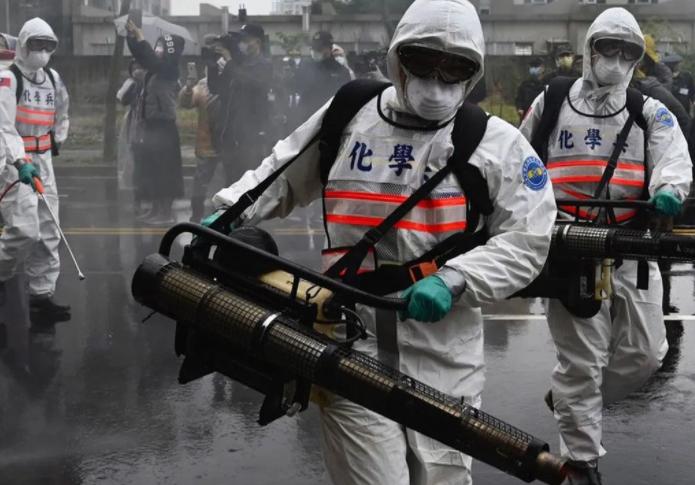 TAIWAN PONE EN CUARENTENA A 5 MIL PERSONAS POR NUEVO BROTE DE COVID
