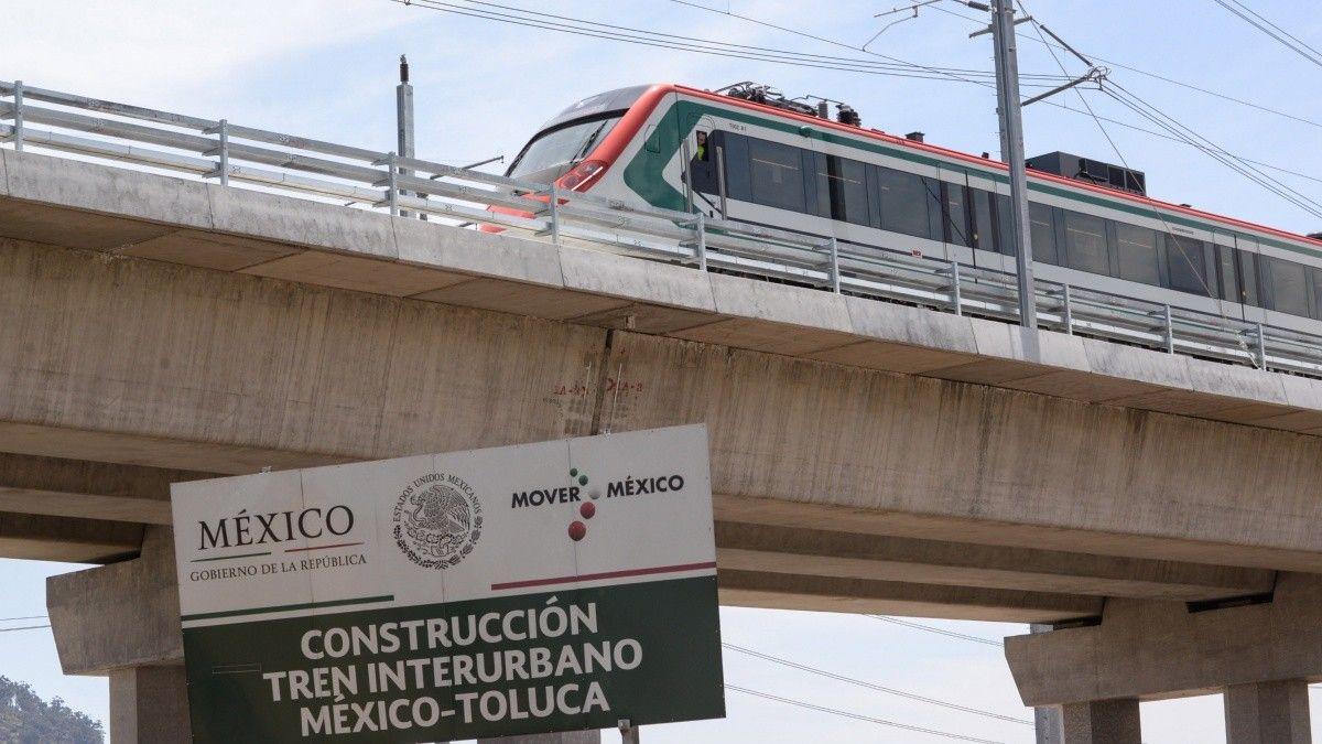 CIERRAN CARRILES CENTRALES DEL BULEVAR LAS TORRES POR TRABAJOS DEL TREN INTERURBANO MÉXICO-TOLUCA