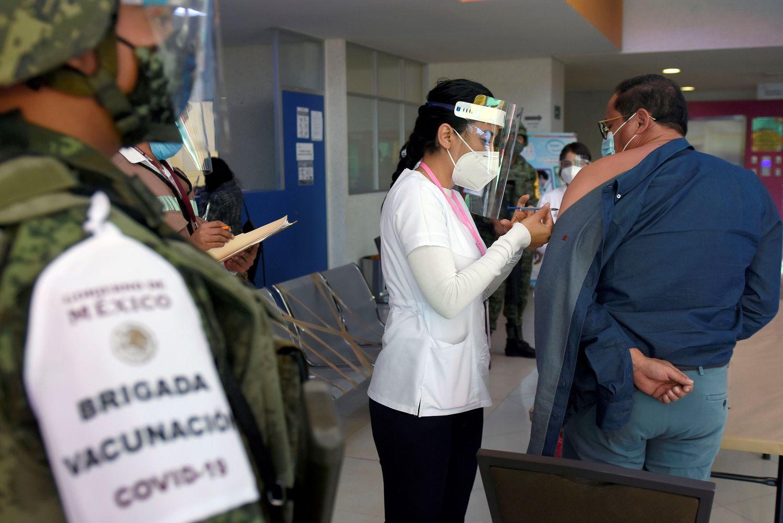 EL LUNES INICIA VACUNACIÓN CONTRA COVID-19 Y YA NO SE VA A DETENER: AMLO