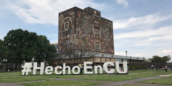 UNAM ENTREGA 9 MIL TABLETAS CON INTERNET A ESTUDIANTES