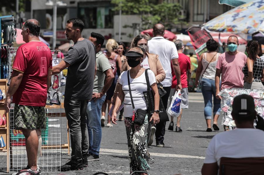 BRASIL REGISTRA MÁS DE 10 MILLONES DE CONTAGIOS DE COVID-19 Y SIGUEN EN AUMENTO
