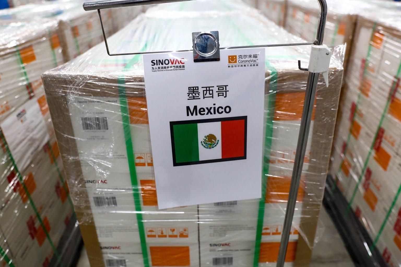 LLEGA A MÉXICO LOTE CON 500 MIL VACUNAS CORONAVAC CONTRA COVID
