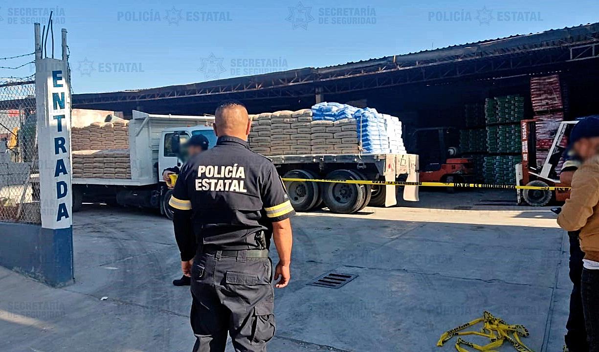 ASEGURAN A SEIS POR PRESUNTO ROBO DE CAMIÓN CON MATERIAL DE CONSTRUCCIÓN