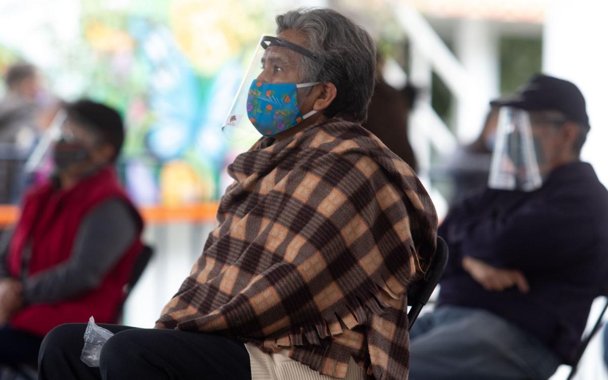 VACUNACIÓN A ADULTOS MAYORES SEGUIRÁ EN LAS ALCALDÍAS MIGUEL HIDALGO Y AZCAPOTZALCO
