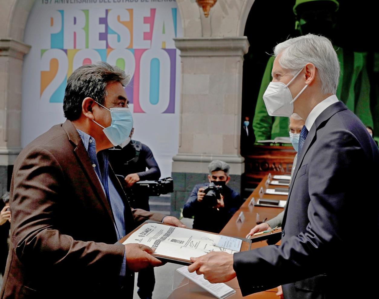 ORGANIZACIÓN DE AXAPUSCO RECIBE LA PRIMERA PRESEA ESTADO DE MÉXICO 2020 AL MÉRITO AGRARIO