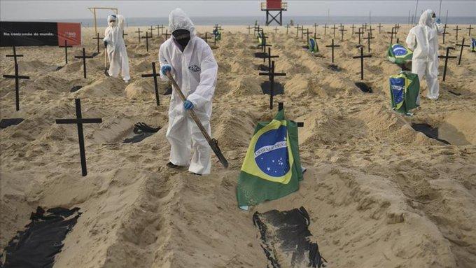 BOLSONARO DESESTIMA LA CIFRA DE MUERTES A CAUSA DEL COVID-19 EN BRASIL