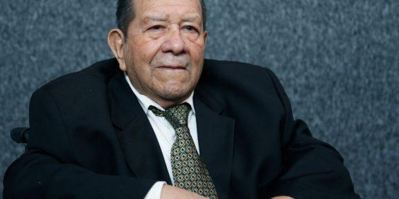 RECONOCE GEM 67 AÑOS DE MERITORIA LABOR DOCENTE DE IGNACIO TORRES OLASCOAGA