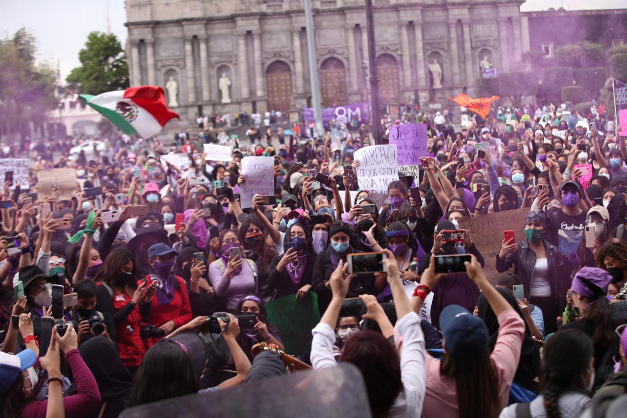 CONCLUYE MARCHA DE MUJERES MEXIQUENSES EN LA PLAZA DE LOS MÁRTIRES CON SALDO BLANCO