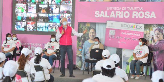 ALFREDO DEL MAZO ENTREGA TARJETAS DEL SALARIO ROSA A MÁS DE 4 MIL MUJERES
