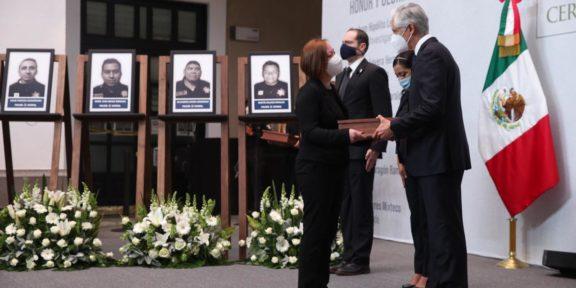 CEREMONIA LUCTUOSA DE POLICÍAS CAÍDOS