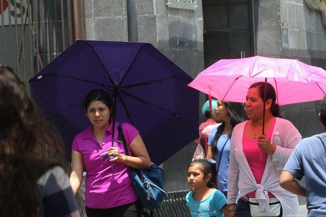 HABRÁ CLIMA CALUROSO Y POSIBILIDAD DE LLUVIAS AISLADAS EN EL VALLE DE MÉXICO