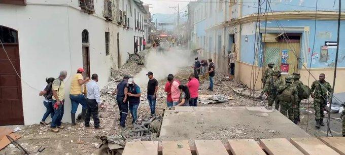 VIDEO: EXPLOSIÓN DE COCHE BOMBA EN COLOMBIA DEJA VARIOS HERIDOS