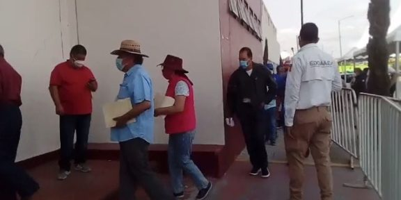 INICIA APLICACIÓN DE SEGUNDA DOSIS DE VACUNA ANTICOVID EN ECATEPEC