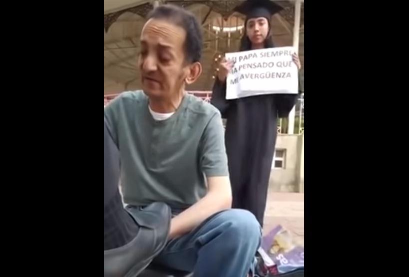 VIDEO: HIJA SE GRADÚA Y AGRADECE A SU PAPÁ BOLERO CON UN EMOTIVO MENSAJE