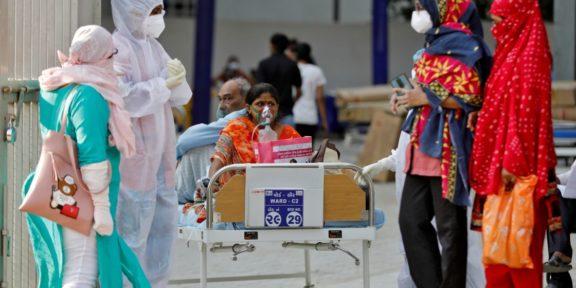 INDIA SUPERA EL UMBRAL DE LOS 18 MILLONES DE CASOS DE COVID-19