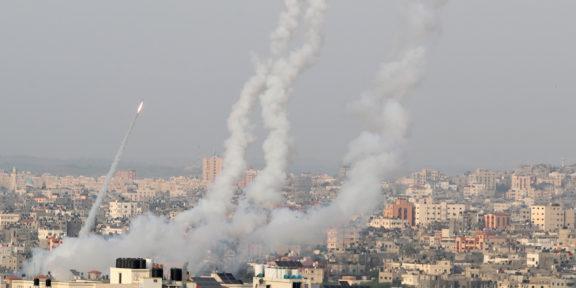 LANZAN COHETES A ISRAEL DESDE GAZA