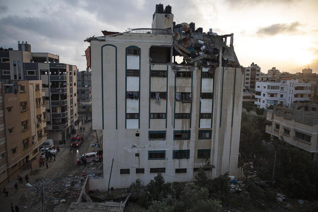 ISRAEL BOMBARDEA GAZA EN RESPUESTA A LOS 200 COHETES RECIBIDOS DESDE LA FRANJA