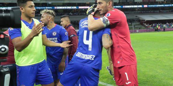 CRUZ AZUL VENCE 1-0 A LOS TUZOS Y PASA A LA FINAL DEL GUARDIANES 2O21