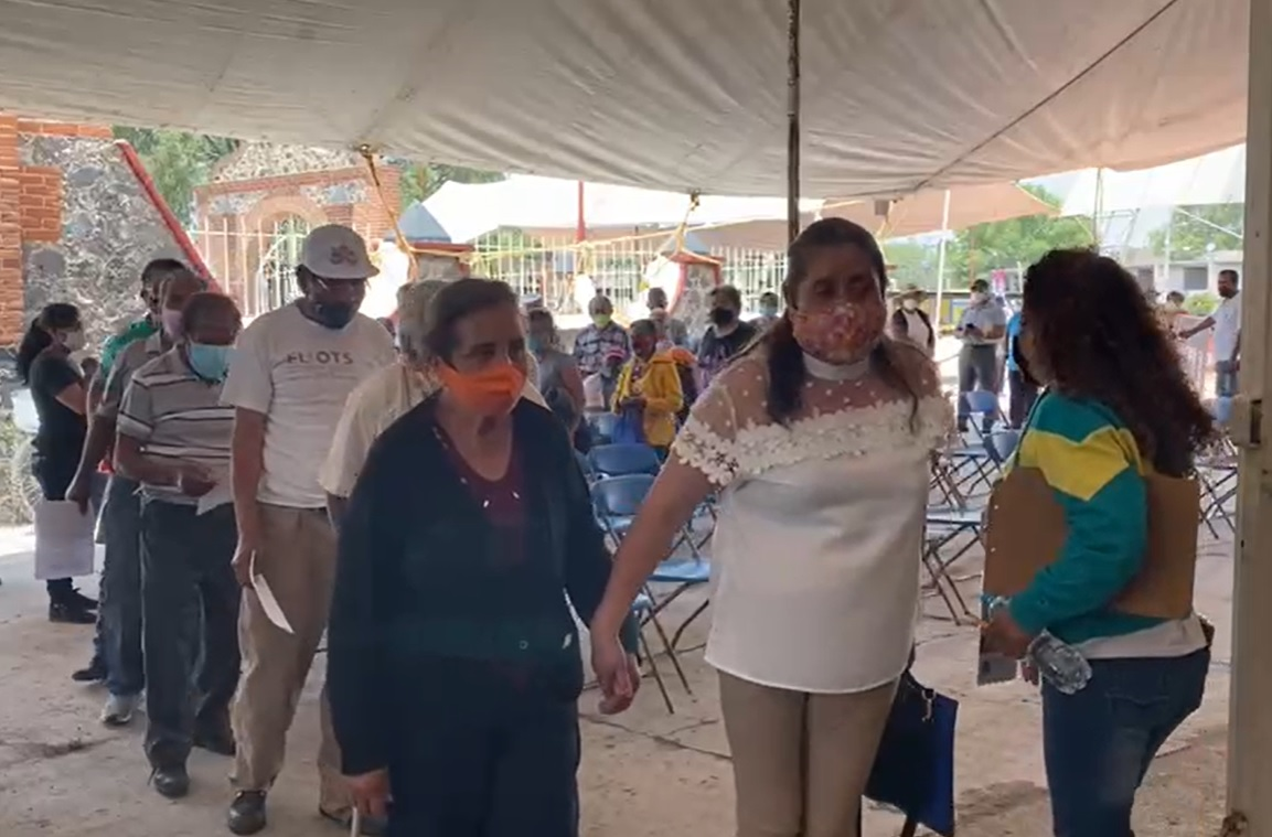 RECIBEN ADULTOS MAYORES DE NEXTLALPAN SEGUNDA DOSIS DE VACUNA ANTICOVID