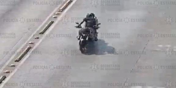 RECUPERAN EN ECATEPEC MOTOCICLETA ROBADA EN COACALCO Y ASEGURAN AL CONDUCTOR