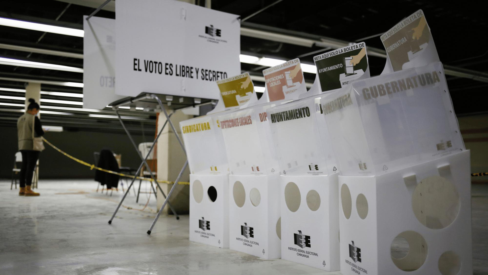 COMIENZAN A CERRAR LAS CASILLAS EN LA MAYOR PARTE DE LOS ESTADOS DE MÉXICO