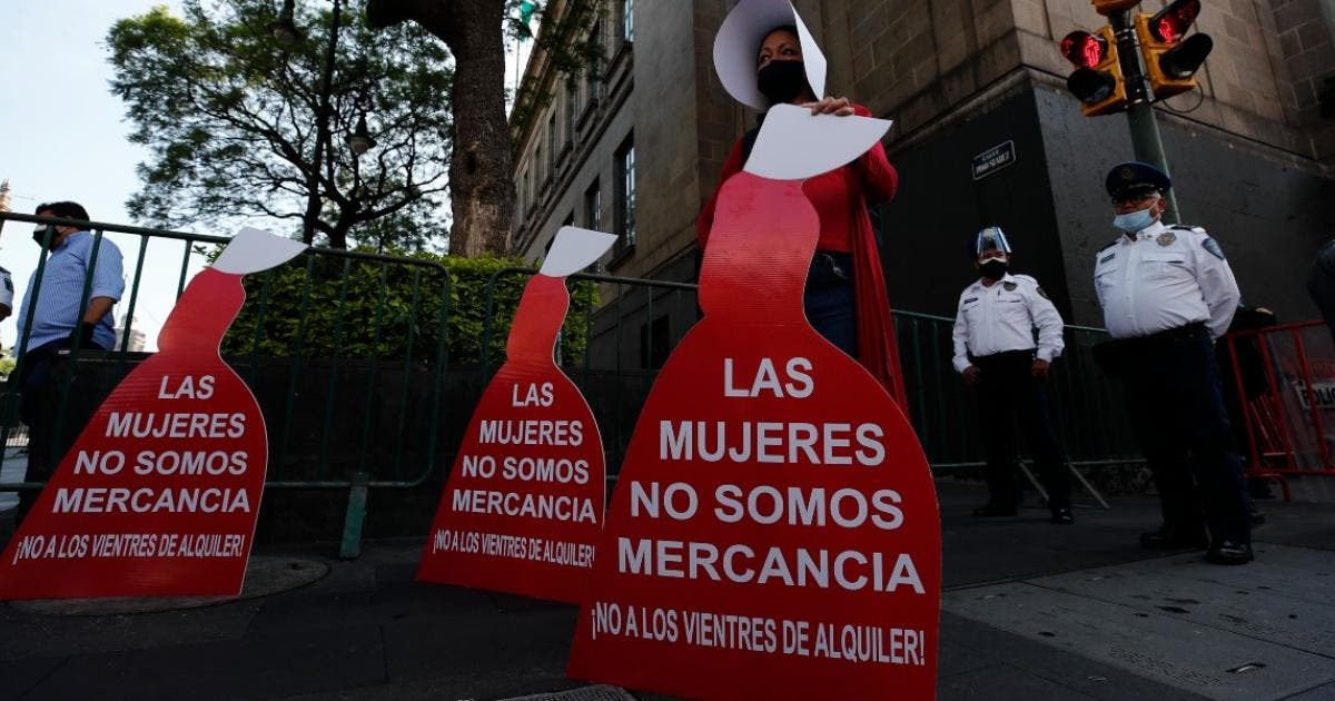 FEMINISTAS PROTESTAN CONTRA LA GESTACIÓN SUBROGADA AVALADA POR LA SCJN