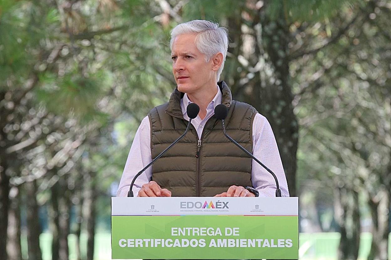 ENTREGA ALFREDO DEL MAZO CERTIFICADOS AMBIENTALES A EMPRESAS Y HOSPITALES DEL EDOMÉX