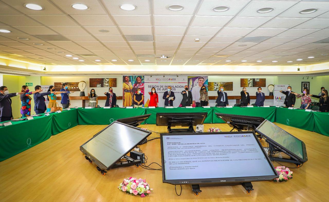 PRESENTA IMEJ AL CONSEJO DE JURADOS CALIFICADORES DEL PREMIO ESTATAL DE LA JUVENTUD 2021