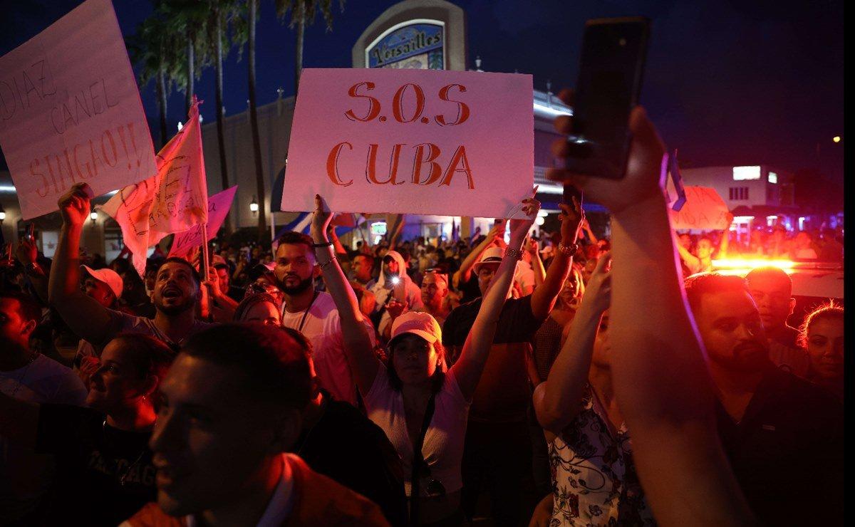PROTESTAS EN CUBA RECIBEN EL RESPALDO DE POLÍTICOS Y ARTISTAS