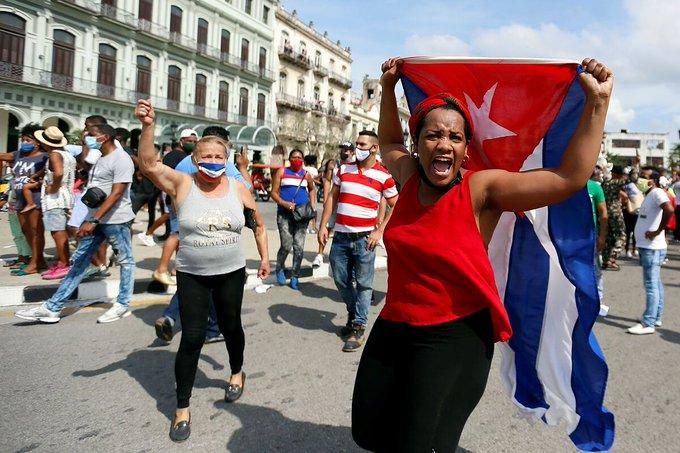 RESIDENTES CUBANOS EN FLORIDA PIDEN APOYO A DUEÑOS DE BOTES PARA LLEVAR INSUMOS A LA ISLA