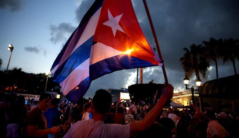 CUBA AUTORIZA A VIAJEROS LIBRE IMPORTACIÓN DE MEDICINAS Y ALIMENTOS