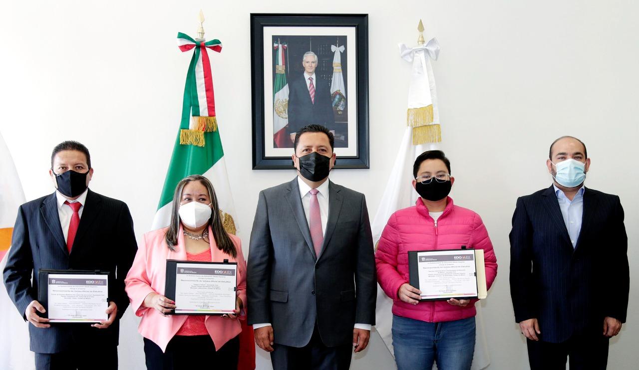 RECIBEN TRES INSTITUCIONES DE EDUCACIÓN MEDIA SUPERIOR ACUERDO DE VALIDEZ OFICIAL