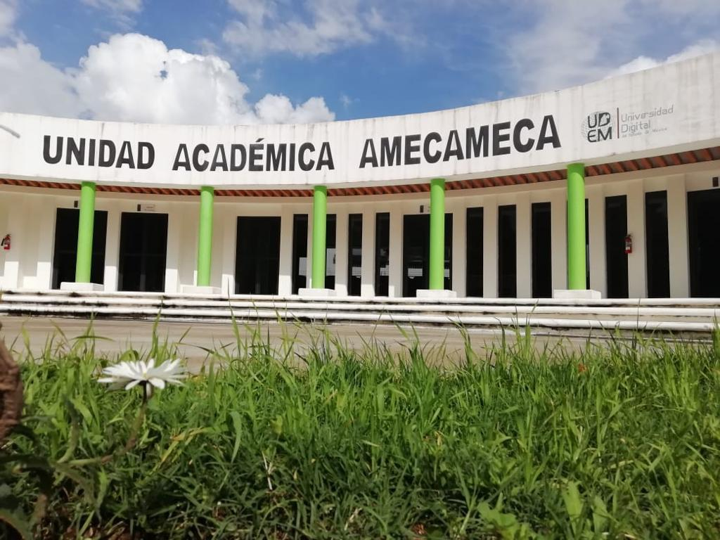 AJUSTAN EXPO UNIVERSIDAD DIGITAL EN AMECAMECA