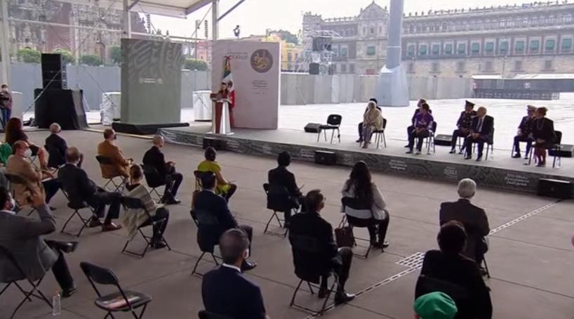 """AMLO ENCABEZA CEREMONIA DE """"500 AÑOS DE RESISTENCIA INDÍGENA"""""""